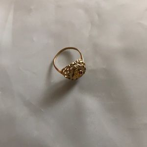 Jewelry - Women's 14 karat Gold ring